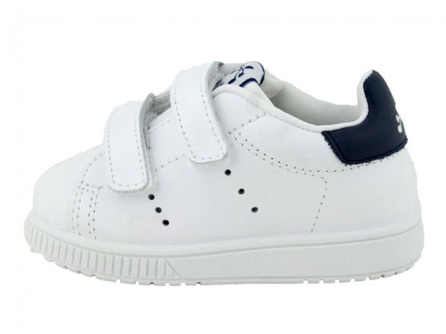 Baskets cuir lavable blanche détail bleu